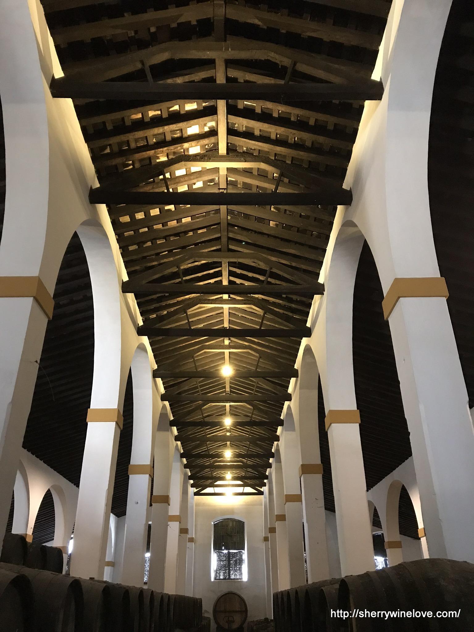 パハレテ通りにあるフェルナンデス-ガオのボデガ内部